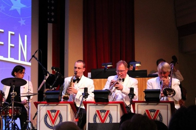 The singers in the final round were accompanied by the Stage Door Canteen's swinging band, the Victory Six, under the direction of trumpeter Jay Hagen.