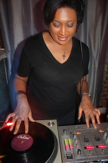 DJ Soul Sister spins 'rare groove' -- soul, funk underground disco, Afrobeat, jazz fusion, hip-hop -- continuously from 11 p.m. to 3 a.m. at her 'Hustle' parties on Saturday nights at the Hi-Ho Lounge.