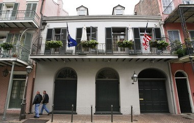 Actors Angelina Jolie and Brad Pitt bought this French Quarter home at 521 Gov. Nicholls Street in 2007. (Photo by Chris Granger, NOLA.com | The Times-Picayune)