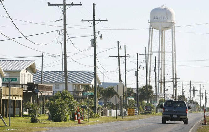 Grand Isle, a village with about 1,400 people, is connected to Elmer's Island by a small bridge. An airport in the refuge would boost tourism in Grand Isle, its leaders say.