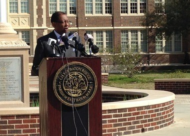 Baton Rouge Mayor Kip Holden announced plans Wednesday to reduce the number of lanes on Government Street, at a press conference in front of Baton Rouge Magnet High.