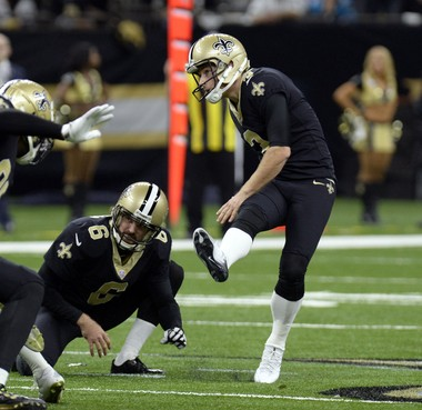 """New Orleans Saints kicker Wil Lutz (3) said of teammate Thomas Morstead (6): """"He knew the situation and wasn't about to go out of the game. It speaks volumes to him and his competitiveness."""""""