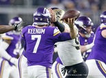 New Orleans Saints defensive end Trey Hendrickson (91) draws a roughing the passer penalty as he hits Minnesota Vikings quarterback Case Keenum (7) in the head in the second quarter.