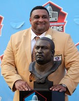 Willie Roaf became the second New Orleans Saint to be inducted into the Pro Football Hall of Fame last August.