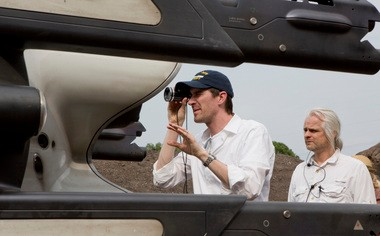 'Oblivion' director Joseph Kosinski, left, lines up a shot with director of photography Claudio Miranda on the set of their sci-fi adventure.