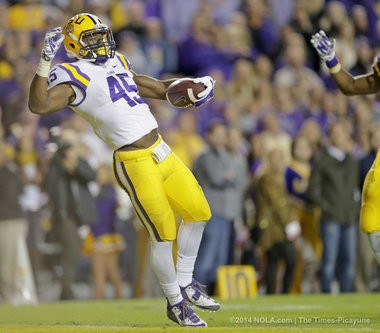 LSU linebacker Deion Jones has always relied on speed to get where he needs to in a hurry.