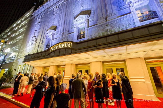 Crowds gather outside of the Orpheum Theater for a preview and champagne reception on Aug. 27, 2015. (Photo by Josh Brasted)