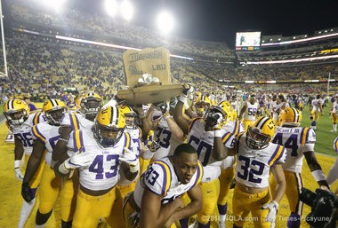 The LSU Tigers celebrate their win over the Mississippi Rebels 38-21 in Baton Rouge on Saturday, October 22, 2016.