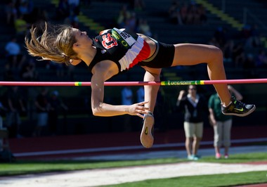 Freshman Sara Almen is hoping to PR this weekend at the Pac-12 Track and Field Championships at USC.