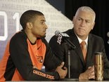 Oregon State head coach Wayne Tinkle (right) and senior guard Gary Payton II will be two of the headline names at the first Far West Classic in 19 years.