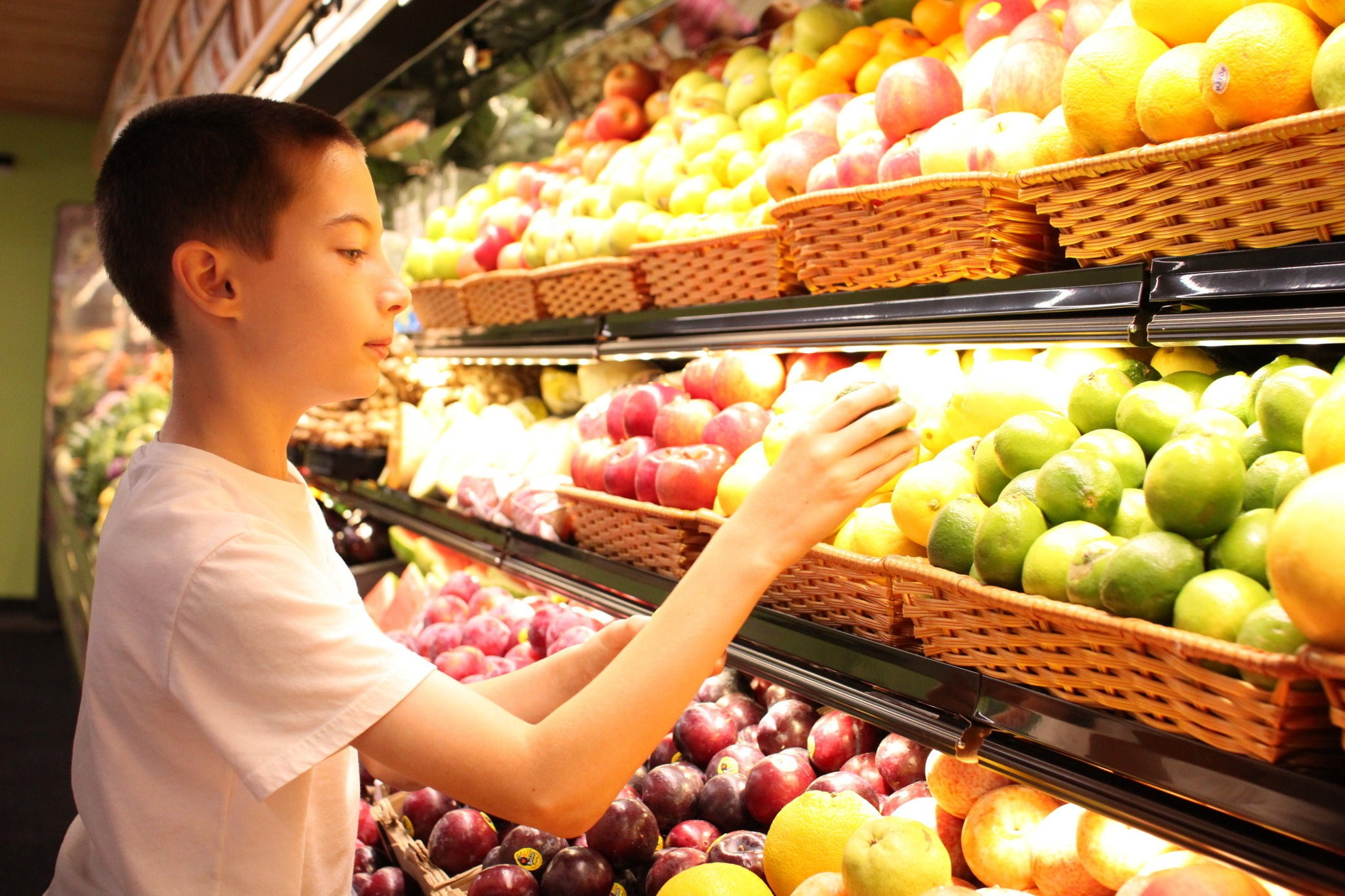 Natural Grocers offers organic produce, large vitamin
