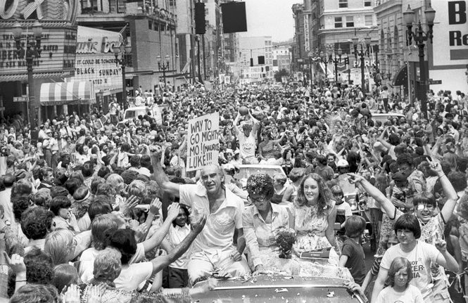 Portland Trail Blazers 1977 NBA championship parade. Walton is in the second car, wearing the custom Wallace Park T-shirt. (Photo by Roger Jensen / The Oregonian)