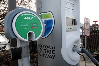 This charging station in Central Point is part of the West Coast Electric Highway, an extensive network of electric vehicle charging stations located every 25 to 50 miles along Interstate 5 and other major roadways. The string of stations will eventually stretch from Canada to Mexico.