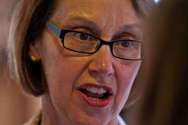 """Oregon Attorney General Ellen Rosenblum on Monday expressed concern with """"notarios,"""" people who pose as tax and legal experts and prey on Latinos and immigrants."""