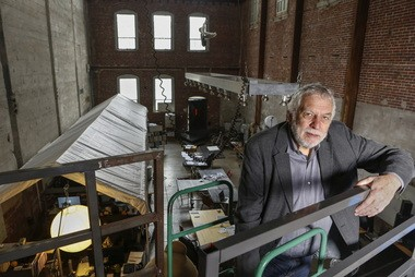 """Nolan Bushnell, the founder of Atari, at """"Two-Bits-Circus,"""" a Los Angeles idea factory focused on software, hardware and machines. Bushnell gave Steve Jobs his first full-time job in Silicon Valley."""