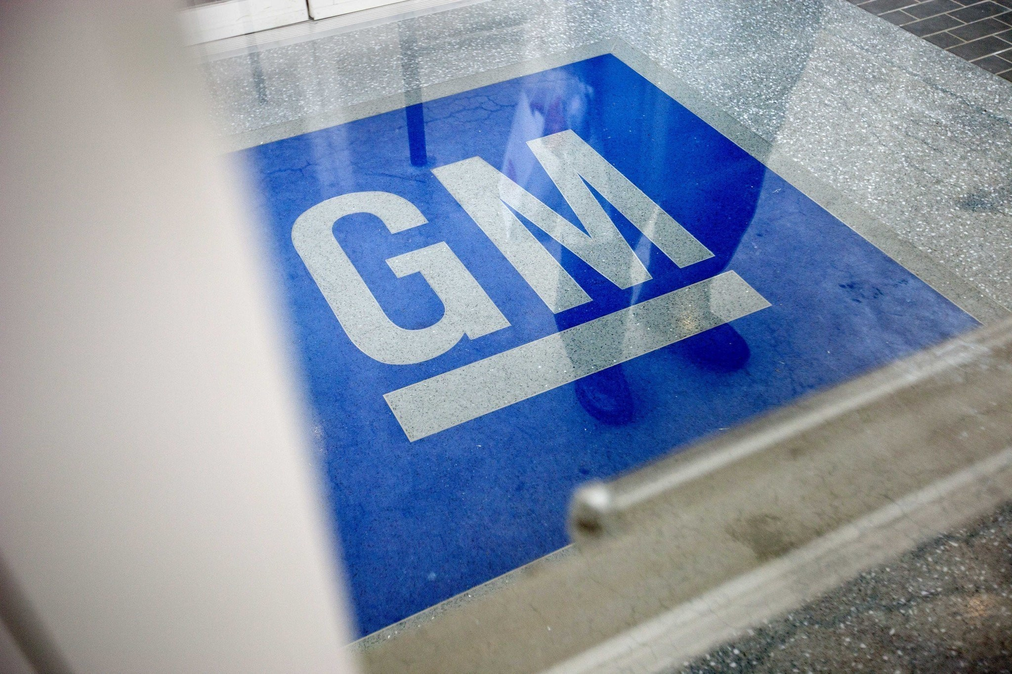 Signs of Chevy Cobalt, other GM car problems missed by