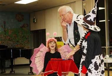 Magician Bob Eaton