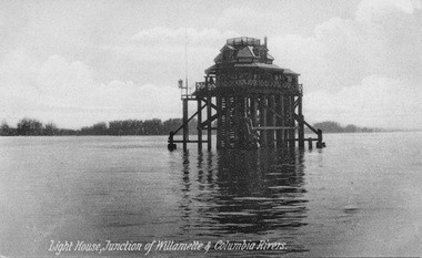 A lighthouse in about 1910 that once flashed warnings to ships at the confluence of the Willamette and Columbia rivers.