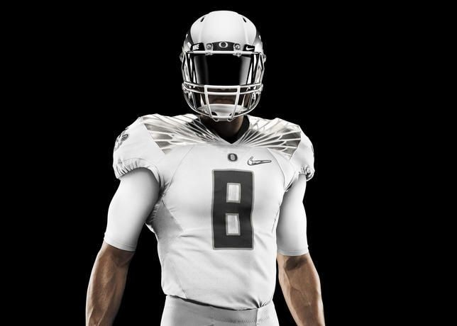 newest collection 56c77 35111 25 times Oregon Ducks uniforms have turned heads ...