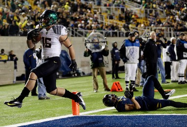 After missing Saturday's game against Tennessee because he was ill, Oregon tight end Colt Lyerla hopes to return to the end zone soon.