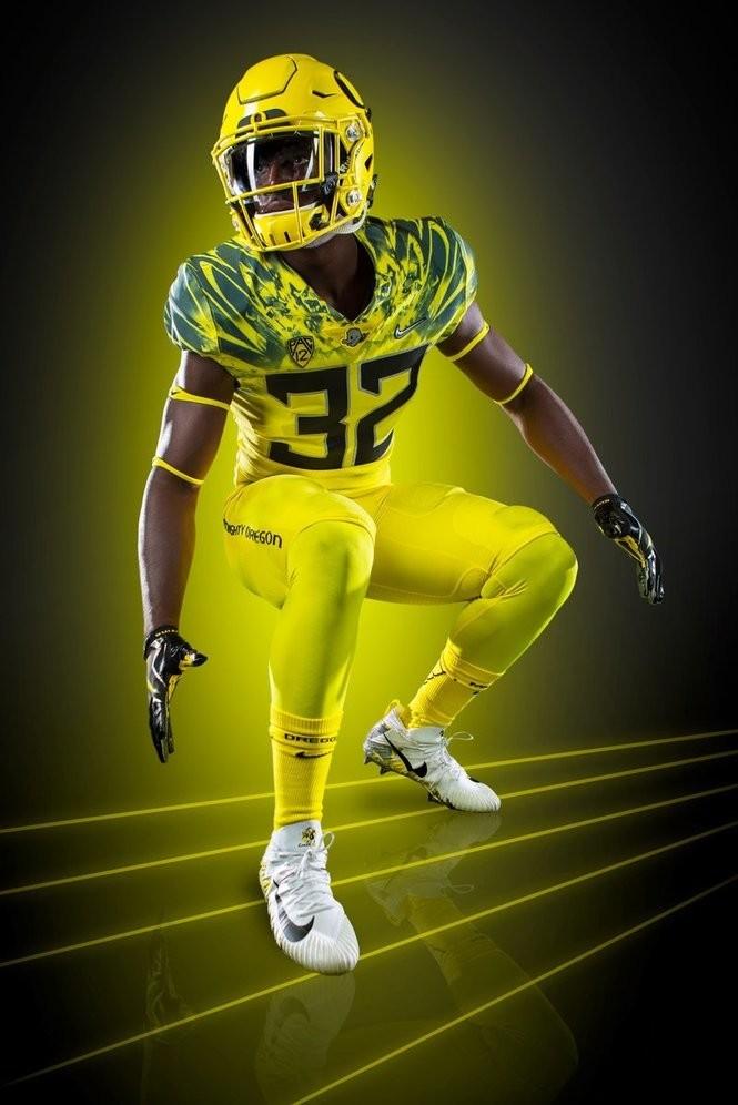 low priced 8d775 4a089 Oregon Ducks to wear yellow uniforms against Washington ...