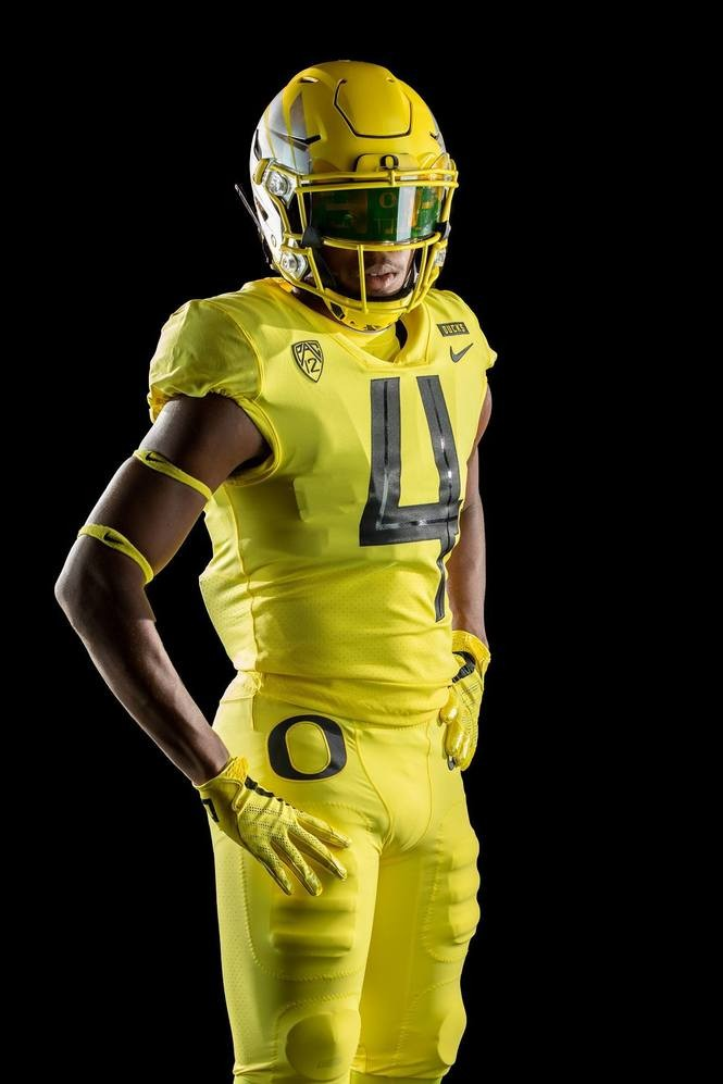 competitive price 2b69b ae900 Oregon Ducks unveil new 2018 football uniforms (PHOTOS ...