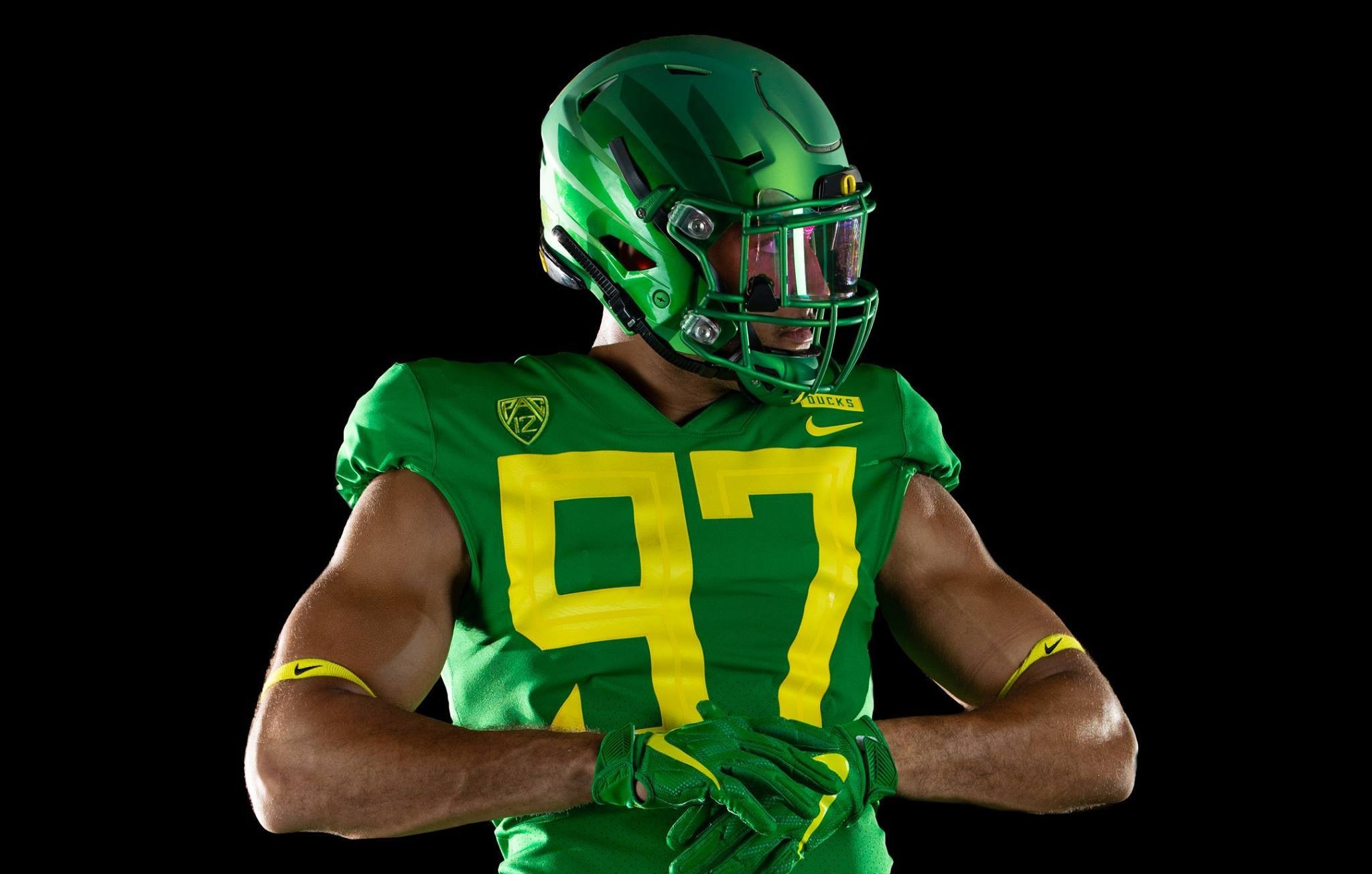 competitive price 514f5 7eaa1 Oregon Ducks unveil new 2018 football uniforms (PHOTOS ...