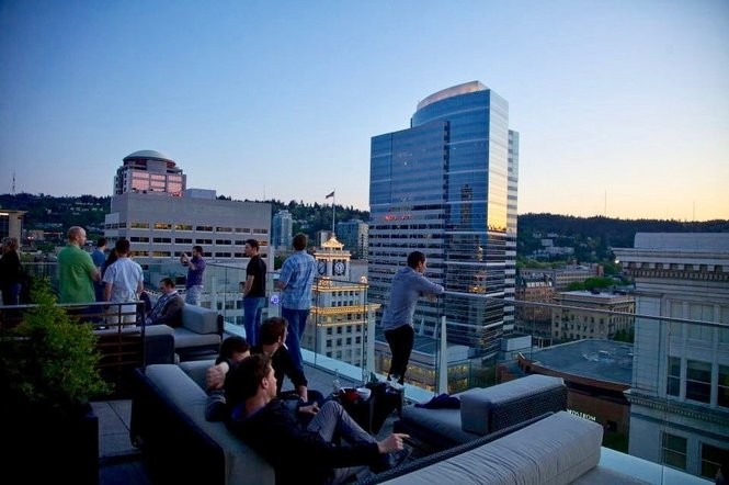 Portland S 10 Best Rooftop Bars Ranked By Their Views