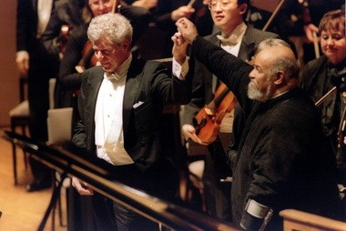 Van Cliburn, performing with the Oregon Symphony and James DePreist in 2007.