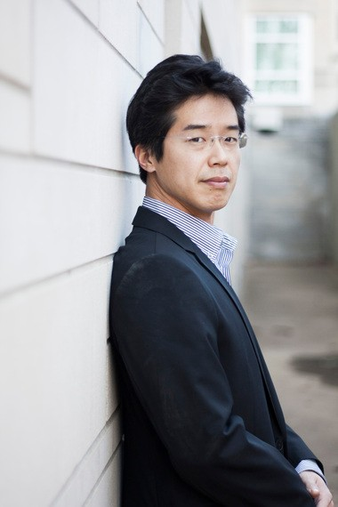 Paul Ghun Kim begins as the Oregon Symphony's Resident Conductor in August, 2013.