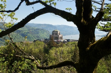Vista House will be open from 9 a.m. to 6 p.m.