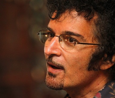 Gino Vannelli, a 61-year-old singer and musician who has many fans around the world, has settled in the Columbia River Gorge near his Troutdale studio, where he gives classes and keeps a low profile.