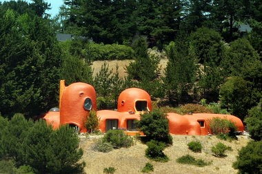 The Hillsborough, Calif., house known as The Flintstone House dates to 1976.