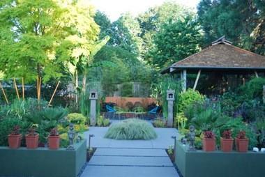 Craig Quick and Larry Neill open their garden for the Raleigh Park Garden Tour.