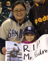 Kay Satele and daughter, Laura, 5, honored Tony Gwynn at a San Diego Padres game in Seattle on the day that Gwynn died.