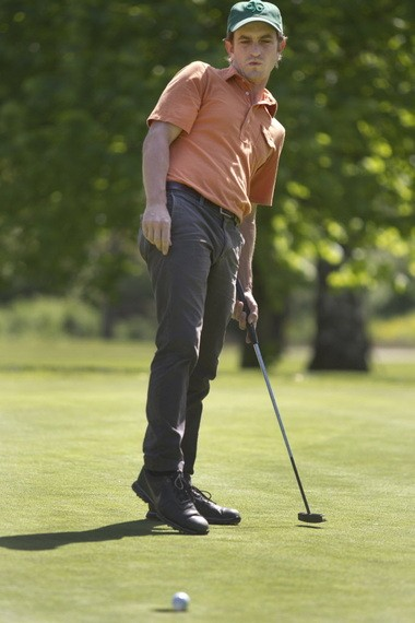 PORTLAND, OREGON--May 2, 2013-- Dan McLaughlin, 33, practicing at Columbia Edgewater Country Club, hopes to go from no golf experience to professional golf in 10,000 hours of dedicated practice (or about 6 years)