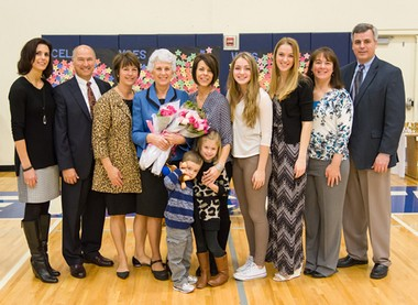 Back row (left to right): Norma Duyck Wolf '83, Kevin Sahli, Melinda Duyck Sahli '81, Marlene Schmidt Duyck '59, Michelle Duyck Gage, Joanna Duyck '17, Kimberly Duyck '14, Ann Bielke Duyck '87 and Mike Duyck. Front row: Spencer and Addison Gage.