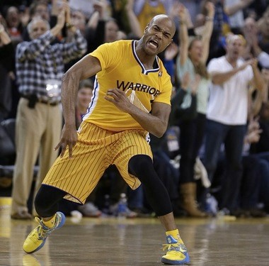 Even the Warriors' alternate sleeved uniform couldn't keep Jarrett Jack from getting 30 points and 10 assists to help Golden State beat San Antonio last week.