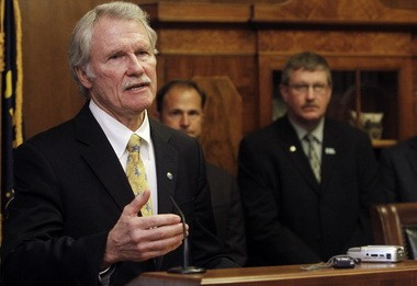 Gov. John Kitzhaber has supported a pair of PERS reforms that could save taxpayers hundreds of millions of dollars. AFSCME is not impressed.