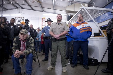 Harney County Sheriff Dave Ward facilitated a community meeting at the Burns fairground, on Jan. 6, 2016.