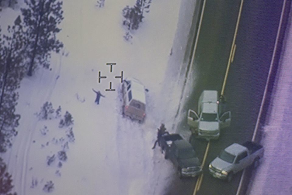 Veteran FBI agent at scene of Finicum shooting said he wasn't involved in any cover-up