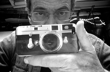 David Falconer supported his Leica from beneath and from the side to stop camera movement.