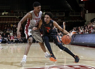 Oregon State guard Stephen Thompson Jr. is the son of assistant coach Stephen Thompson Sr. and older brother of incoming four-star guard Ethan Thompson.