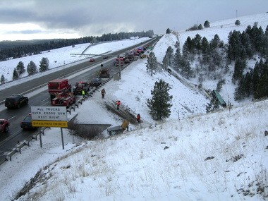 Oregon bus crash: The tragedy focuses attention on the treacherous I