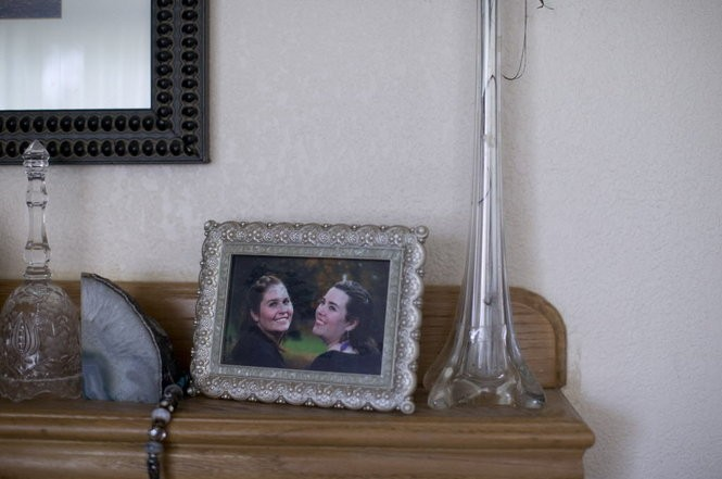 A portrait of Rachel and Laurel Bowman-Crier rests on the mantle at the Bowman-Cryer home. June, 2016 Beth Nakamura/Staff