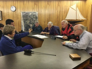 Manzanita City Councilors and emergency planners discuss disaster response Saturday morning. (Fedor Zarkhin photo)