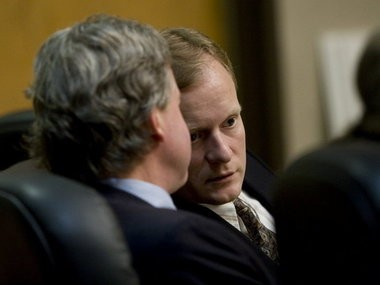 Randy Lee Guzek (right), convicted of killing a Terrebonne couple in 1987, speaks with his attorney during his fourth death penalty trial in 2010. He was convicted by a Deschutes County jury that same year and The Oregon Supreme Court upheld the penalty in a November 2015 ruling. (The Oregonian/File/2010)