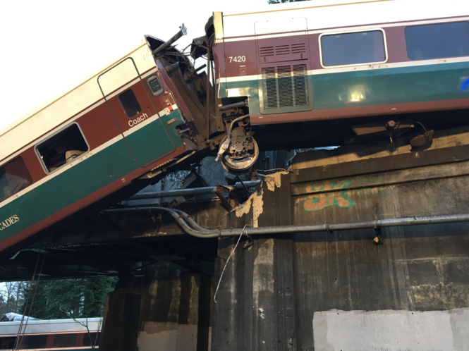 Portland-bound Amtrak train derails in Washington