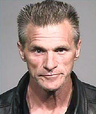 Police: California fugitive nabbed in Oregon wanted to see