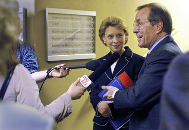Govs. Ted Kulongoski of Oregon and Christine Gregoire of Washington shared the stage and answered reporters' questions after an appearance at Portland State University in March 2006.